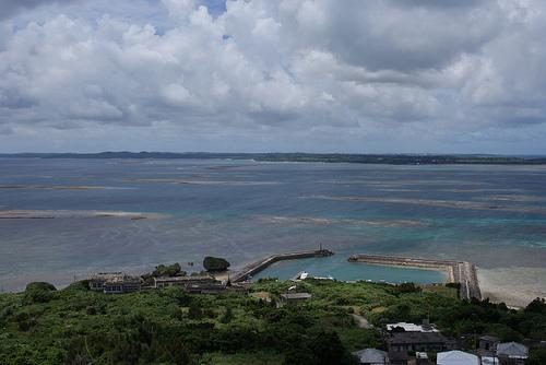 大神島の展望台より